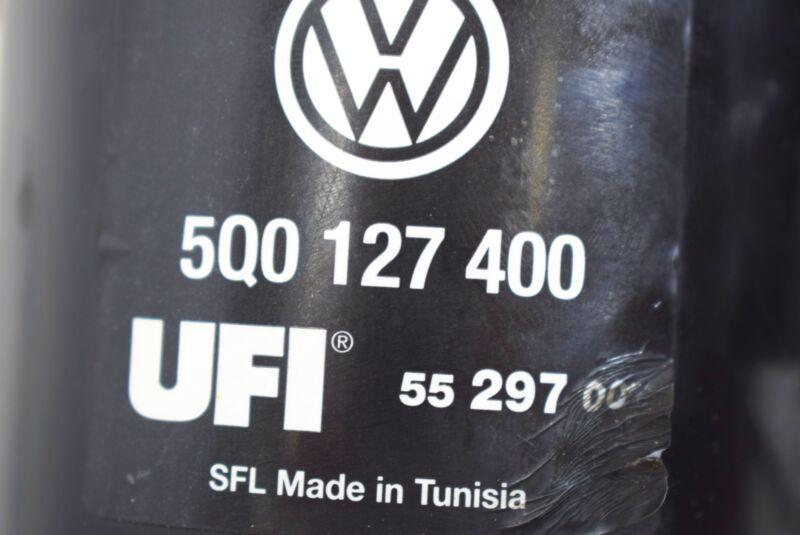 Audi A3 8V 2.0 TDI Dieselfilter Kraftstofffilter Filtergehäuse UFI 5Q0127399N 4