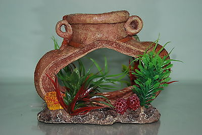 Aquarium Old Pot complete with Airstone For Bubble Effect Decoration 14x7x11 cms 2