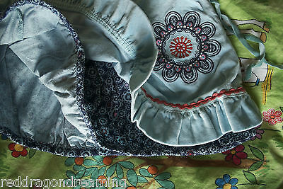 NEW - Oilily Skirt -  AGE 4 years - embroidery on warm velvet cotton NEW 4