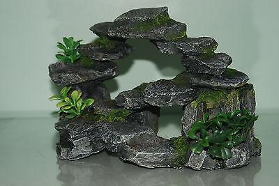 Aquarium Realistic Rocky Arc & Plants Ornament 25 x 16 x12 cms For All Aquarium 2