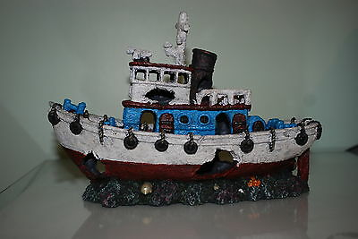 Stunning Aquarium White & Blue Detailed Tug Boat Decoration 30.5 x 12 x 20 cms 4