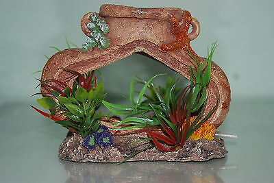 Aquarium Old Pot complete with Airstone For Bubble Effect Decoration 14x7x11 cms 5