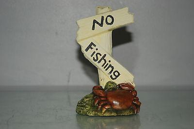 Aquarium Crab No Fishing Sign Size 7 x 5 x 13 cms Suitable For All Aquariums 2