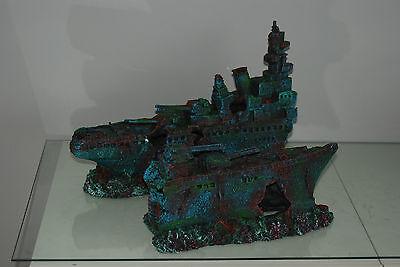 Aquarium Large Stunning Sunken Destroyer Two Part Battleship 68 x 14 x 26 cms 3