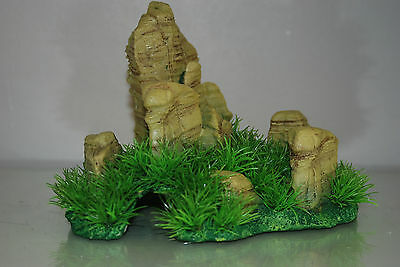 Aquarium Realistic  Large Rock Formation  with Grass Theme 24 x 20 x 18 cms 2