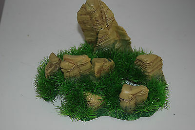 Aquarium Realistic  Large Rock Formation  with Grass Theme 24 x 20 x 18 cms 3