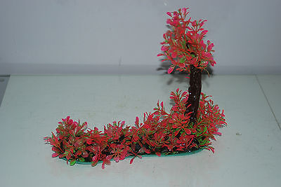 Aquarium Realistic Plastic Plant 7 x 25 x 23 cms On Flat Base Red & Green Plant 8