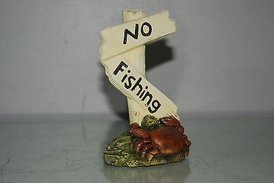Aquarium Crab No Fishing Sign Size 7 x 5 x 13 cms Suitable For All Aquariums 4