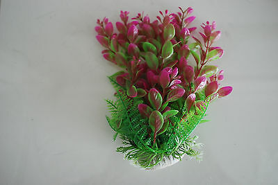 Aquarium 2 x Tropical Plastic Plants Approx 16cm High Suitable for All Aquariums