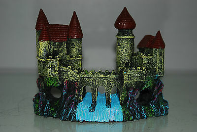 Detailed Aquarium Small Castle and Weir Decoration 16 x 5 x 12 cms 6