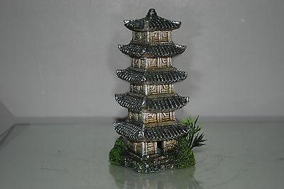 Aquarium Detailed Oriental Tower 6  x 6 x 16 cms Suitable For All Aquariums 4