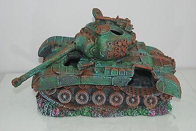 Stunning Aquarium Large Battle Tank Decoration 34 x 21 x 21 cms 12