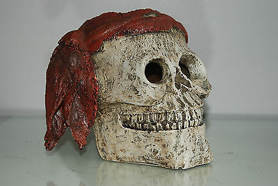 Aquarium Detailed Large Pirate Skull With Scarf  Decoration 19 x 19 x 16 cms 4