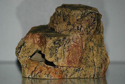 Medium Aquarium Cave Rock Decoration Realistic Design 18 x 12 x 12 cms 3
