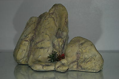 Large Aquarium Light Coloured Detailed Rock Cluster Ornament 28.5 x 13.5 x 18 cm 2