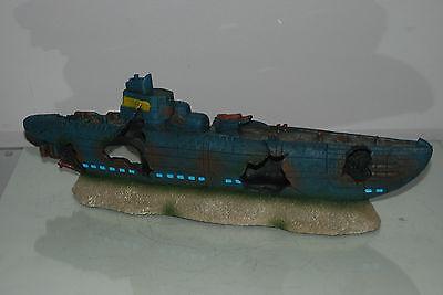 Aquarium Large Stunning Sunken Submarine On Rocks Ornament Size 43 x 9 x 14 cms 11
