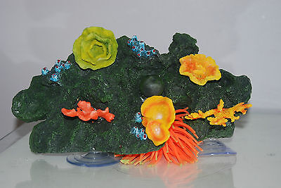 Aquarium Reef Decoration + Suckers For Attatching To Glass 30 x 18 x 12 cms 2