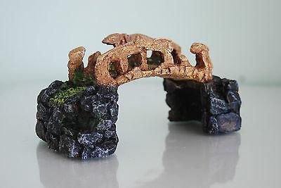 Aquarium Detailed Stone Bridge Approx 17 x 6 x 9 cms Suitable For All Aquariums 2