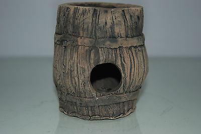 Aquarium Large Detailed Ceramic Breader Barrel Open Ended 10 x 10 x 11 cms 6