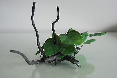 Aquarium Realistic Plastic Plant Attached to Wooden Log 24 x 11 x 13 cms 3