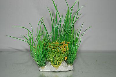 Aquarium 2 x Yellow & Green Plants 9 x 4 x 15 cms Suitable For All Aquariums 6