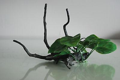 Aquarium Realistic Plastic Plant Attached to Wooden Log 24 x 11 x 13 cms 6
