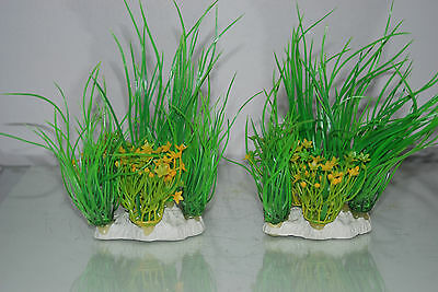 Aquarium 2 x Yellow & Green Plants 9 x 4 x 15 cms Suitable For All Aquariums 2