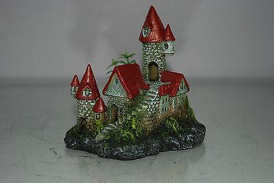 Detailed Aquarium Small Castle and Plant Decoration 12 x 8 x 12 cms 4
