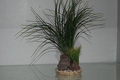 Aquarium Green Grass and Rocks 11 x 11 x 30 cms Suitable For All Aquariums 3
