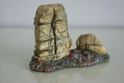 Detailed Vivarium Rock Cluster Landscape For All Vivariums 15 x 7 x 10 cms 8