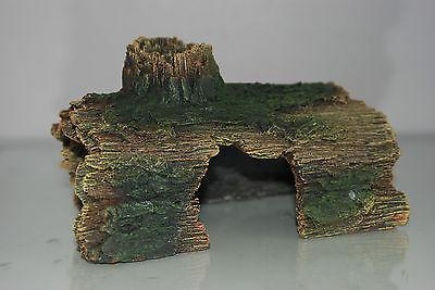 Aquarium Detailed Ornamental Hollow Log Suitable for All  Aquariums 16x11x10cms 2