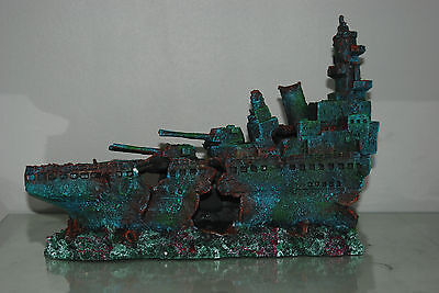Aquarium Large Stunning Sunken Destroyer Two Part Battleship 68 x 14 x 26 cms 4