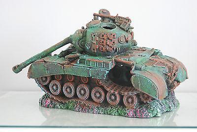 Stunning Aquarium Large Battle Tank Decoration 34 x 21 x 21 cms 4