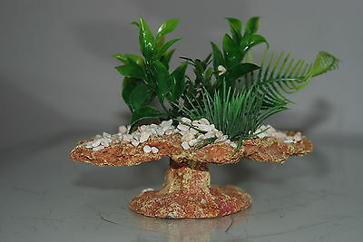 Small Aquarium Rock Decoration With Plants & Pebbles  16 x 12.5 x 15 cms 3