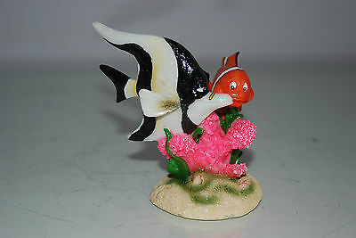 Aquarium Detailed Clown Fish & Coral Base 9 x 8 x 9 cms For All Aquariums 6