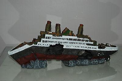Aquarium Detailed Large Sunken Cruise Liner 42 x 8 x 17 cms For All Aquariums 2