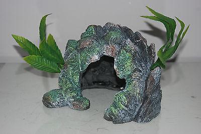 Aquarium Medium Detailed Rock Cave and Plant Decoration 22 x 16 x 15 cms 3