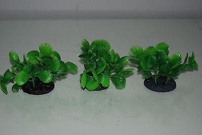 Aquarium 3 x Small Green Bush Plant 5x4x7 cms Ideal For The Front Of Aquarium 7