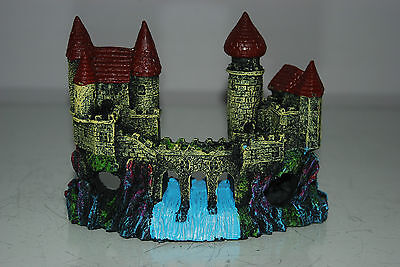 Detailed Aquarium Small Castle and Weir Decoration 16 x 5 x 12 cms 3