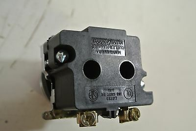 CUTLER HAMMER  RED PUSH BUTTON W// CONTACT BLOCKS  10250T *PZF*