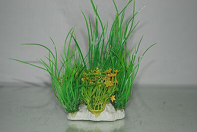 Aquarium 2 x Yellow & Green Plants 9 x 4 x 15 cms Suitable For All Aquariums 4