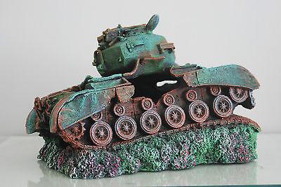 Stunning Aquarium Large Battle Tank Decoration 34 x 21 x 21 cms 5