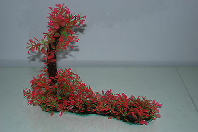 Aquarium Realistic Plastic Plant 7 x 25 x 23 cms On Flat Base Red & Green Plant 5