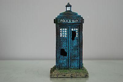 Stunning Small Aquarium Old London Police Box 8 x 8 x 16 cms For Aquariums