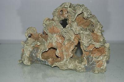 Aquarium Detailed Rustic Old Medium Rock with Holes Decoration 25 x 7 x 16 cms 5