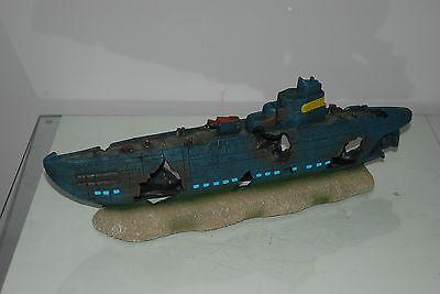Aquarium Large Stunning Sunken Submarine On Rocks Ornament Size 43 x 9 x 14 cms 2