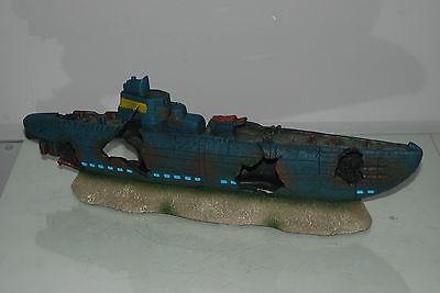 Aquarium Large Stunning Sunken Submarine On Rocks Ornament Size 43 x 9 x 14 cms 10
