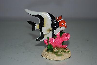 Aquarium Detailed Clown Fish & Coral Base 9 x 8 x 9 cms For All Aquariums