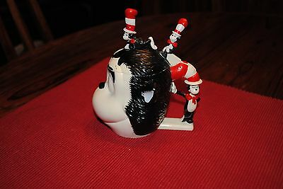 e788ff30 ... Dr. Seuss The Cat in the Hat Shaped Plastic Flip-Top Mug Figurine Cat