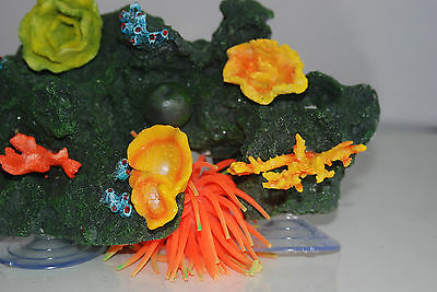 Aquarium Reef Decoration + Suckers For Attatching To Glass 30 x 18 x 12 cms 6
